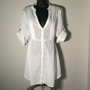 Pure Energy Pleated V-Neck White Tunic Top